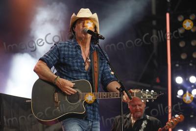 David Lees Photo - 09 June 2019 - Nashville Tennessee - David Lee Murphy 2019 CMA Music Fest Nightly Concert held at Nissan Stadium Photo Credit Frederick BreedonAdMedia