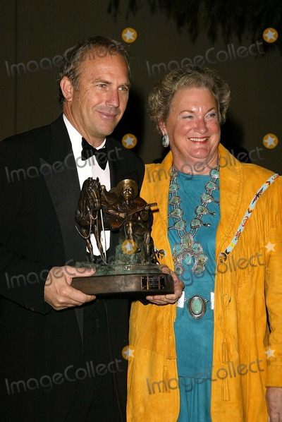 Jackie Autry Photo - Kevin Costner and Jackie Autry at the Autry National Center Inaugural Gala Autry National Center Los Angeles CA 10-03-03