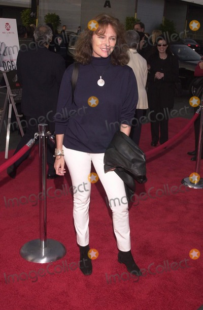 Jacqueline Bisset Photo -  Jacqueline Bisset at the premiere of Showtimes DIRTY PICTURES in Santa Monica 05-23-00