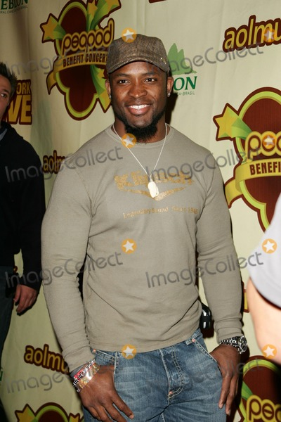 Ahman Green Photo - Ahman Greenat The Peapod Concert Benefit presented by The Peapod Foundation and Network Live Henry Fonda Music Box Theater Los Angeles CA 02-06-06