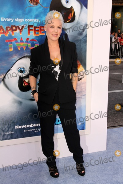 Alecia Pink Moore Photo - Alecia Pink Mooreat the Happy Feet Two World Premiere Chinese Theater Hollywood CA 11-13-11