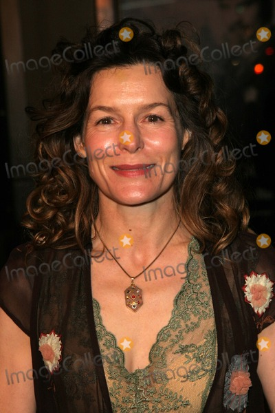 Alice Krige Photo - Alice Krige at the Los Angeles Premiere of HBOs Deadwood Season 2 Chinese Theater Hollywood CA 03-03-05
