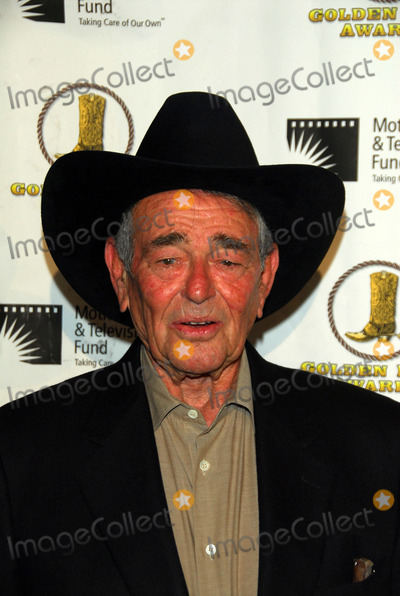 Stuart Whitman Photo - Stuart Whitmanat the 24th Annual Golden Boot Awards Beverly Hilton Hotel Beverly Hills CA 08-12-06