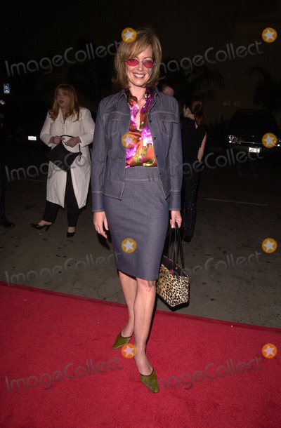 Allison Janney Photo -  Allison Janney at the Emmy Nominee Reception in Hollywood 09-06-00