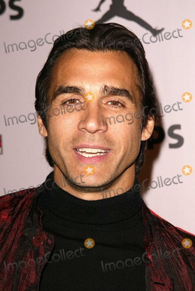 Adrian Paul Photo - Adrian Paul at the launch party for the Jordan MP3 Player Cinespace Hollywood CA 12-03-03