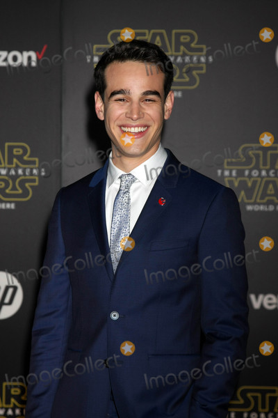 Alberto Rosende Photo - Alberto Rosendeat the Star Wars The Force Awakens World Premiere El Capitan Hollywood CA 12-14-15