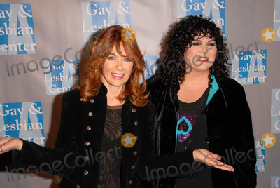 Ann Wilson Photo - Nancy Wilson and Ann Wilson at the LA Gay and Lesbian Centers An Evening With Women Celebrating Art  Music and Equality Beverly Hilton Hotel Beverly Hills CA 05-01-10