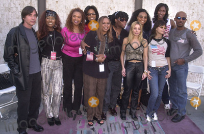 911 Photo -  CELEBRITY PRESS CONFERENCE at the celebrity recording of We Are Family to benefit the victims of New Yorks 9-11 tragedy 09-23-01
