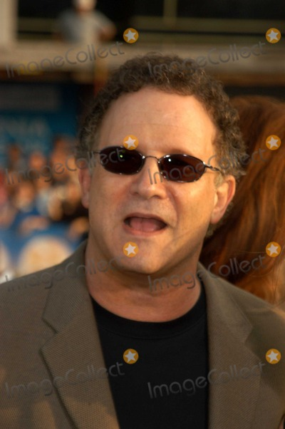 Albert Brooks Photo - Albert Brooks at the premiere of Warner Bros Alex  Emma at the Chinese Theater Hollywood CA 06-16-03