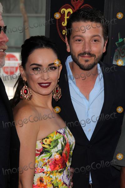 Ana De la reguera Photo - Ana de la Reguera Diego Lunaat the Book Of Life Premiere Regal Cinemas LA Live Los Angeles CA 10-12-14