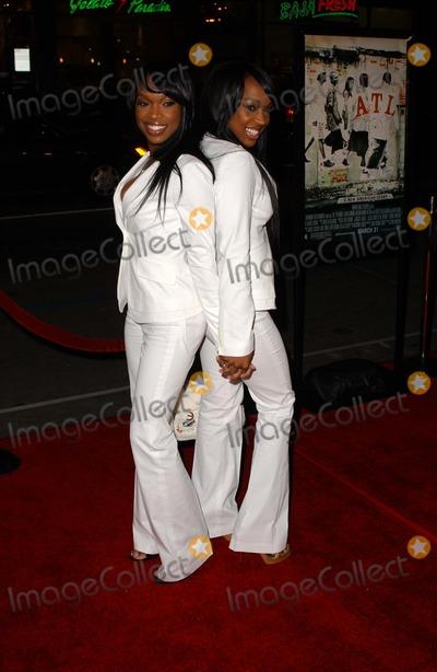 ATL Photo - Khadijah Haqq and Malika Haqqat the Los Angeles Premiere of ATL Graumans Chinese Theatre Hollywood CA 03-30-06