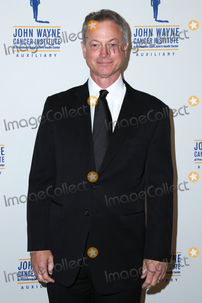 John Wayne Photo - Gary Siniseat the 30th Annual John Wayne Odyssey Ball Beverly Wilshire Hotel Beverly Hills CA 04-11-15