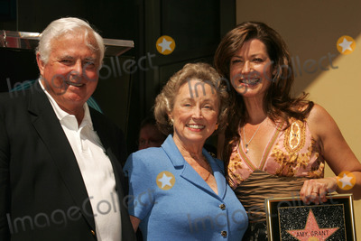 Amy Grant Photo - Amy Grant and her parentsat the ceremony honoring Amy Grant with the 2318th star on the Hollywood Walk of Fame Hollywood Boulevard Hollywood CA 09-19-06