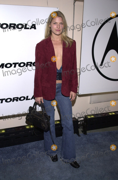 Ali Larter Photo - Ali Larter at Motorolas 3rd Annual Holiday Party to benefit Toys for Tots Highlands Nightclub Hollywood 12-06-01