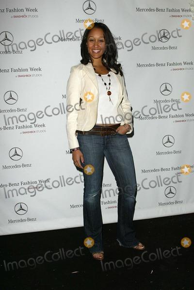 Tamera Mowry Photo - Tamera Mowryarriving at Mercedes-Benz Fall 2006 LA Fashion Week Day 3 Smashbox Culver City CA 03-21-06