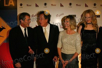 Geoffrey Rush Photo - Mel Gibson Geoffrey Rush Olivia Newton-John and Nicole Kidman at the 2nd Annual Penfolds Gala Black Tie Dinner at the Century Plaza Hotel Century City CA 01-15-05