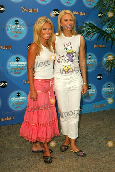 Kelly Ripa Photo - Kelly Ripa and Faith Ford at the ABC Primetime Preview Weekend - Day One at Disneys California Adventure Anaheim CA 09-11-04