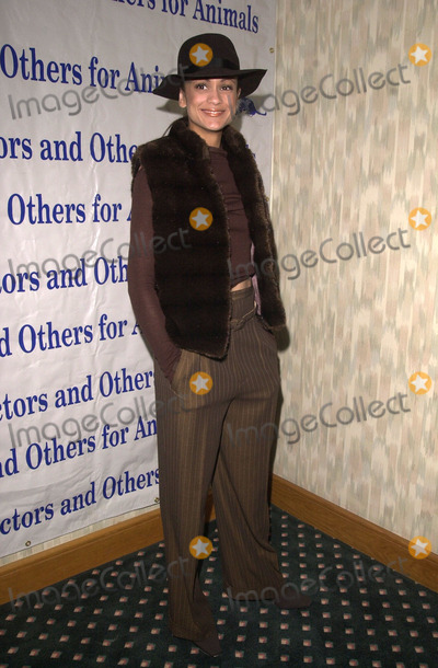 Ann-Marie Johnson Photo -  Anne Marie Johnson at the Actors and Others for Animals benefit Universal City 10-21-00