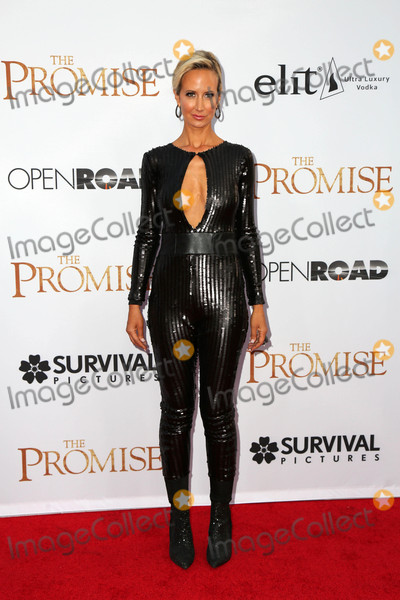 Lady Victoria Hervey Photo - Lady Victoria Herveyat the The Promise Premiere TCL Chinese Theater Hollywood CA 04-12-17