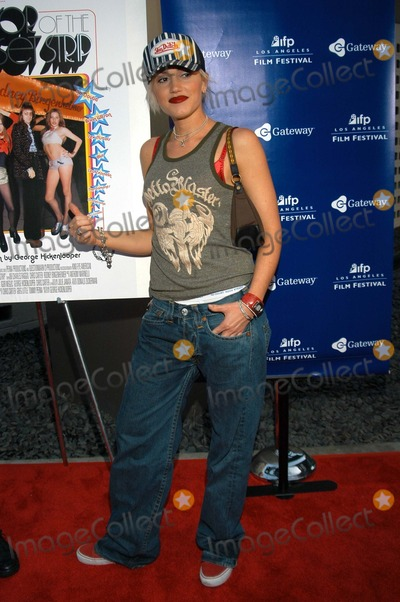 Gwen Stefani Photo - Gwen Stefani at The Premiere of Mayor of the Sunset Strip ArcLight Cinerama Dome Hollywood Calif 06-17-03