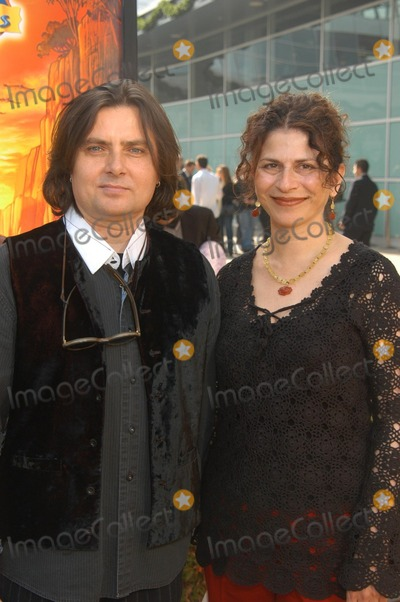 Arlene Klasky Photo - Gabor Csupo and Arlene Klasky at The Wild Thornberrys Movie Premiere benefiting the World Wildlife Fund Cinerama Dome Hollywood CA 12-08-02
