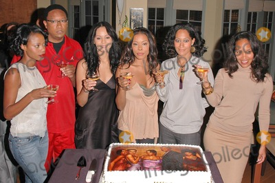 Jill Marie Jones Photo - Jill Marie Jones Reggie Hayes  Persia White Golden Brooks Tracee Ellis Ross and CreatorProducer Mara Brock Akil at the celebration in honor of 100 Episodes of Girlfriends at Stage 23 Paramount Pictures Hollywood CA 10-06-04