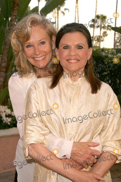 Ann Reinking Photo - Brenda King and Ann Reinking at Smiles from the Stars - A tribute to the Life and work of Roy Scheider Beverly Hills Hotel Beverly Hills CA 04-04-09