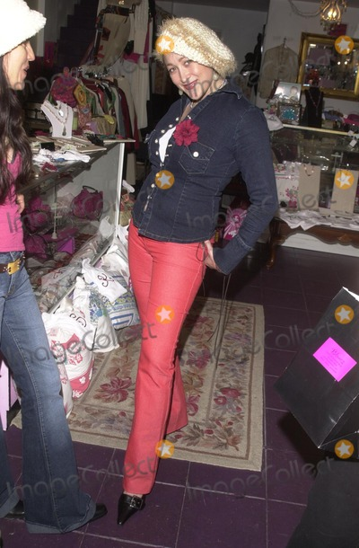 Alex M Photo - Jennifer Blanc at the Icecubes By Alex M Trunk Show at Blancs 5224 Hollywood Blvd Los Angeles CA 11-10-02