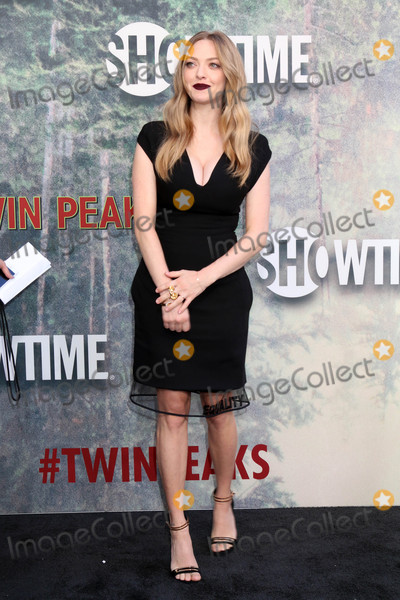 Amanda Seyfried Photo - Amanda Seyfriedat the Twin Peaks Premiere Screening The Theater at Ace Hotel Los Angeles CA 05-19-17