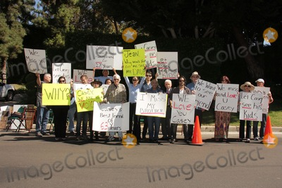 Casey Kasem Photo - Detective Ted Ball Wafa Kanan Josh Summers Eilene Olsen Charles Olsen Kerri Kasem Jesse Kove Mouner Kasem Don Bustany Jason Thomas Gordon Rana Makarem Merrill Schindlerat a protest involving Casey Kasems children brother and friends who want to see him but have been denied any contact  Private Location Holmby Hills CA 10-01-13