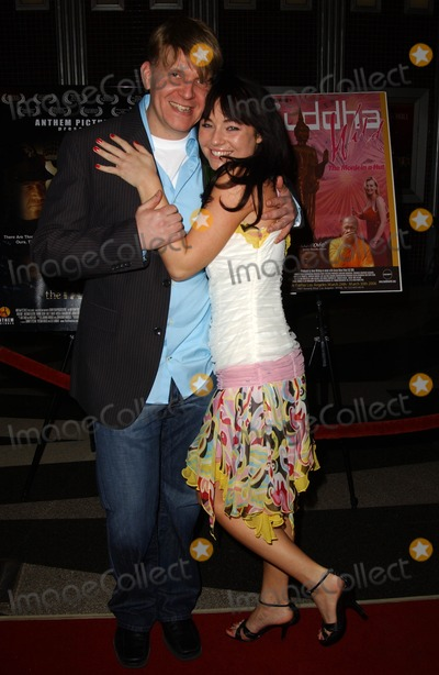 Ari Taub Photo - Ari Taub and Lindsey Labrumat A Night of Loving Kindness film premieres for Buddha Wild and The Fallen Laemmle Fairfax Los Angeles CA 03-24-06