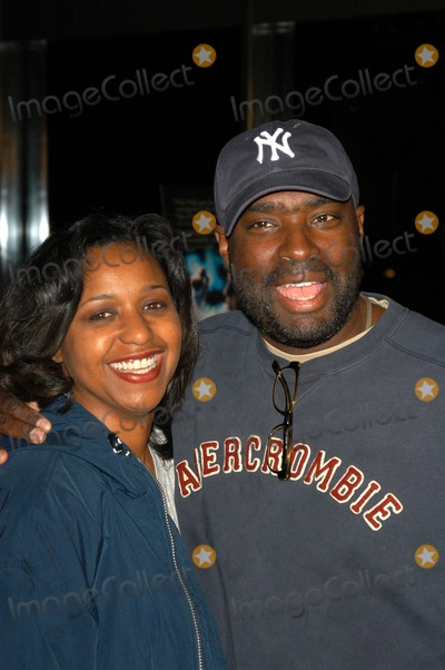 Antwone Fisher Photo - Antwone Fisher and wife at a screening of Fox Searchlights The Good Thief at the Directors Guild of America Los Angeles CA 03-31-03