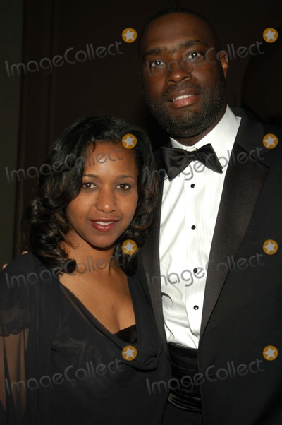 Antwone Fisher Photo - Antwone Fisher and wife at the 2003 Tree of Life ceremony Regent Beverly Wilshire Hotel Beverly Hills CA 03-22-03