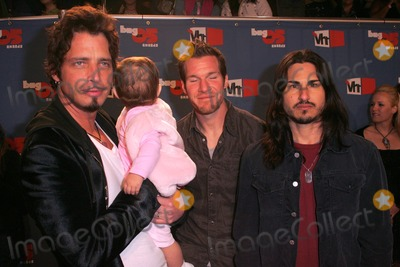 Audioslave Photo - Audioslaveat the VH1s Big in O5 Awards Sony Studios Culver City CA 12-3-05