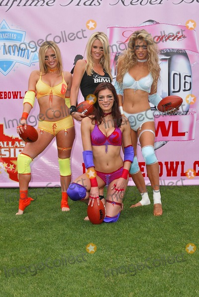 Adrienne Curry Photo - Willa Ford Jenny McCarthy Amber Smith and Adrienne Curry
