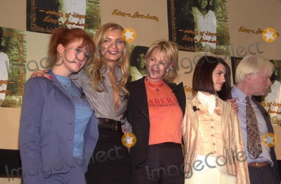 Melanie Griffith Photo - Tracy Griffith Esther Canadas Melanie Griffith Penelope Cruz and Miles Copeland at the Sabera Foundation Press Conference helping children and wives in India who have been abandoned CAA Beverly Hills CA 10-10-02
