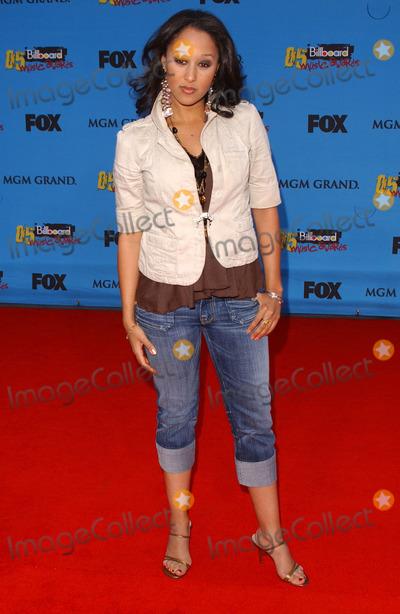 Tamera Mowry Photo - Tamera Mowryarriving at the 2005 Billboard Music Awards MGM Grand Las Vegas NV 12-06-05
