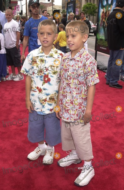 Scooby Doo Photo - Dylan and Cole Sprouse at the premiere of Warner Brothers Scooby Doo at the Chinese Theater Hollywood 06-08-02