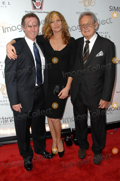 RENEE RUSSO Photo - Rene Russo and Zev Braun at The Heart Touch Projects One Night One Heart tribute dinner Sofitel Hotel Los Angeles CA 05-13-08