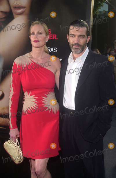 Melanie Griffith Photo - Melanie Griffith and Antonio Banderas at the preniere of MGMs Orignial Sin at the Directors Guild of America Hollywood 07-31-01