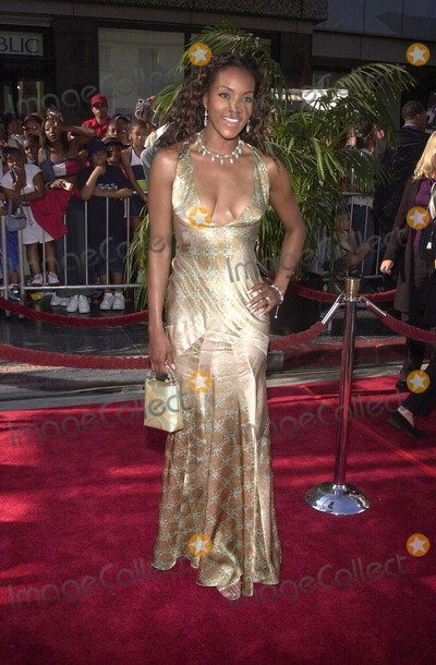Vivica A Fox Photo - Vivica A Fox at the 2nd Annual BET Awards held at the Kodak Theater Hollywood 06-25-02