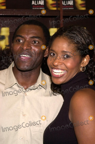 Alias Photo - Carl Lumbly and Merrin Dungey at an in store appearance by the cast of ALIAS to help launch two new official books ALIAS Declassified and ALIAS Recruited Barnes  Noble The Grove Los Angeles CA 10-08-02