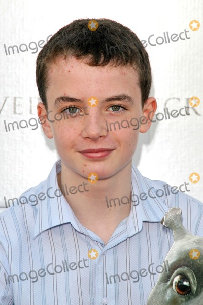Alex Etel Photo - Alex Etelat the Los Angeles Premiere of The Water Horse Legend of the Deep Arclight Cinerama Dome Hollywood CA 12-08-07