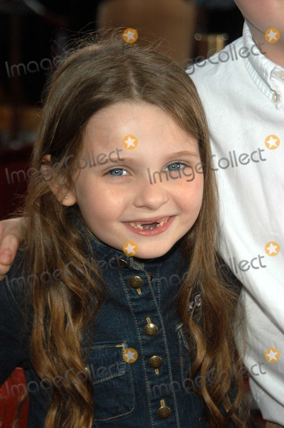 Abigail Breslin Photo - Abigail Breslin at the premiere of Universals Seabiscuit at Mann Village Theater Westwood CA 07-22-03
