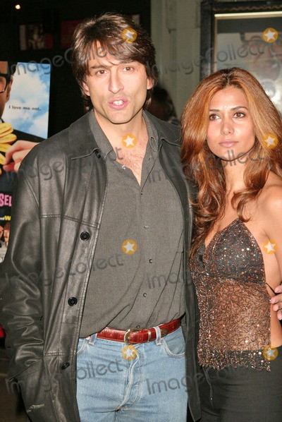 Vincent Spano Photo - Vincent Spano and Carolann Fernandez at the Life and Death of Peter Sellers Premiere  Graumans Chinese Theatre Hollywood CA 11-15-04