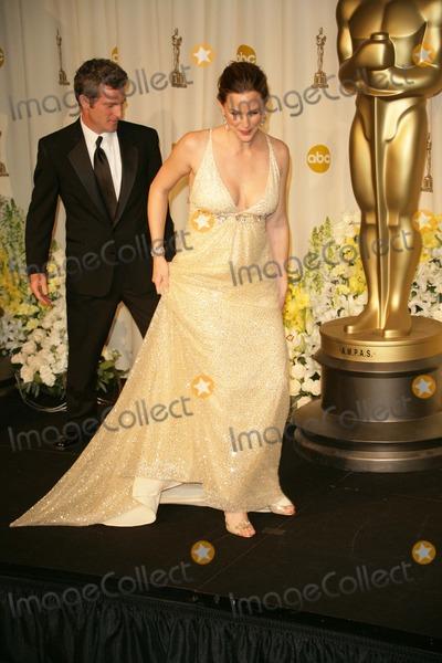 Mike Hopkins Photo - Jennifer Garner and Mike Hopkinsin the press room at the 78th Annual Academy Awards Kodak Theatre Hollywood CA 03-05-06