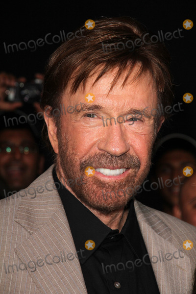 Chuck Norris Photo - Chuck Norrisat the The Expendables 2 Los Angeles Premiere Chinese Theater Hollywood CA 08-15-12