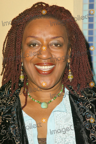 C C H Pounder Photo - CCH Pounder at the Pan African Film and Arts Festival Opening Night Gala featuring the screening of Lackawanna Blues at the Pacific Theaters Stadium Culver City CA 02-10-05