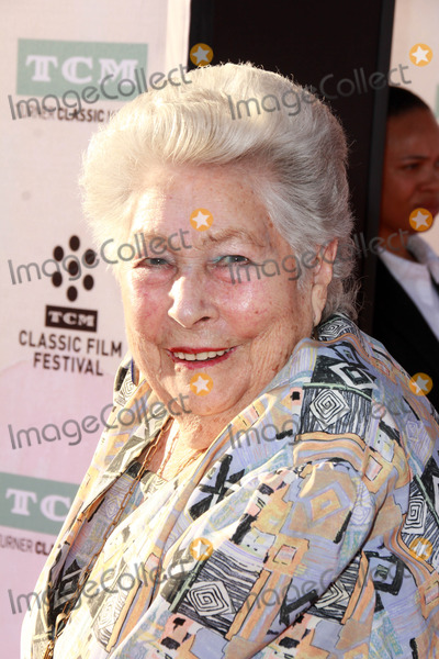 ANN V Photo - Anne V Coatesat The Sound of Music 50th Anniversary Screening at the Opening Night Gala of the 2015 TCM Classic Film Festival TCL Chinese Theater Hollywood CA 03-26-15