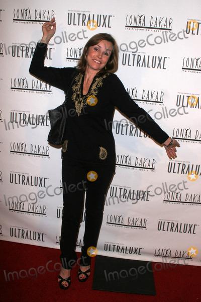 Alex Donnelly Photo - Alex Donnellyat the Sonya Dakar Skin Clinic Opening Sonya Dakar SKin Clinic Beverly Hills CA 10-24-06